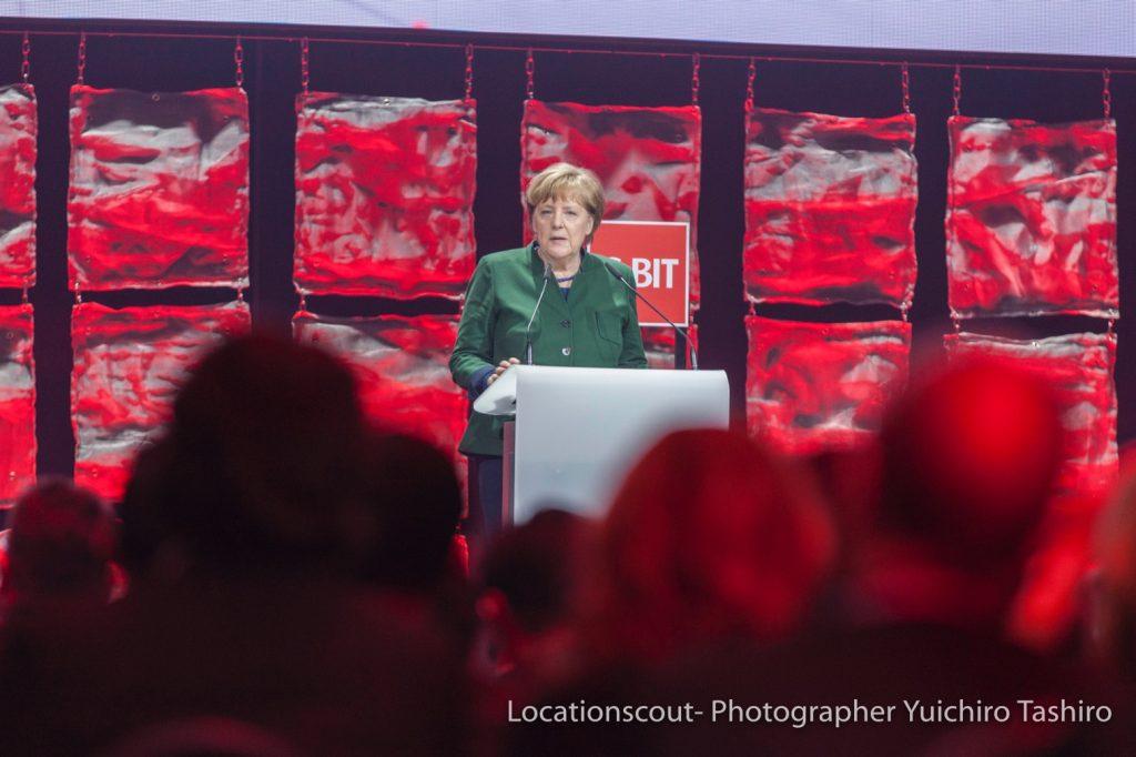Angela_Merkel_アンゲラメルケル_Cebit2017