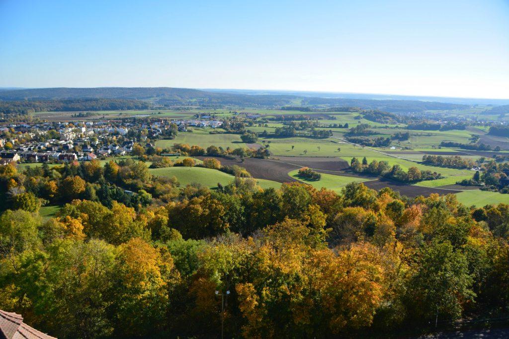 紅葉のバンベルクの俯瞰景観